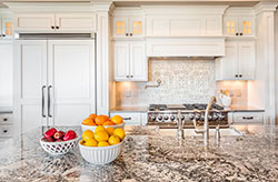 Cream Phoenix Arizona Granite kitchen - Mesa Mesa